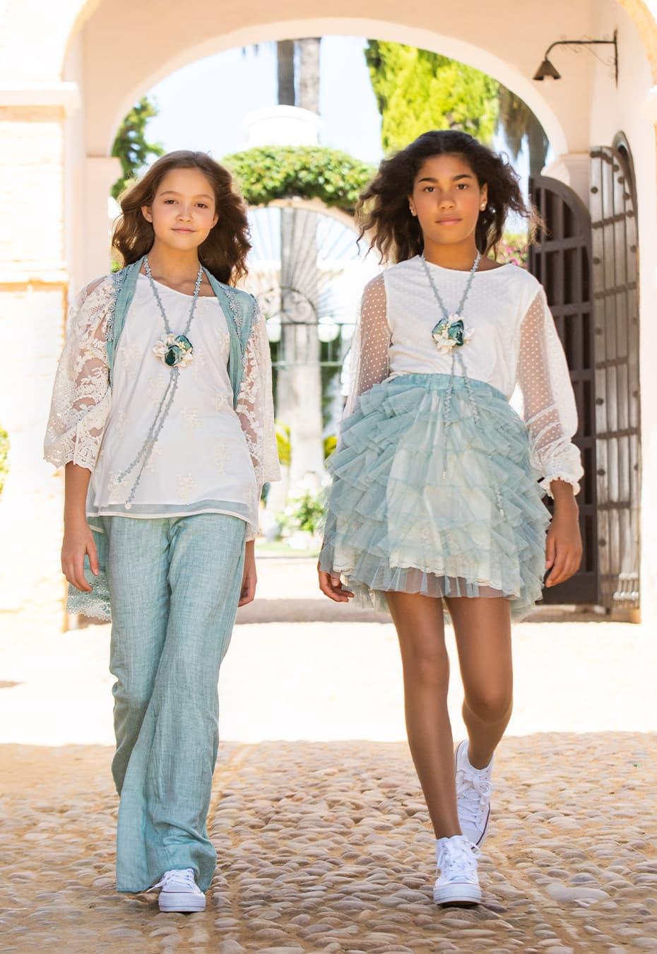 Vestidos de comunión para invitadas 2021 Geranio y Clavel